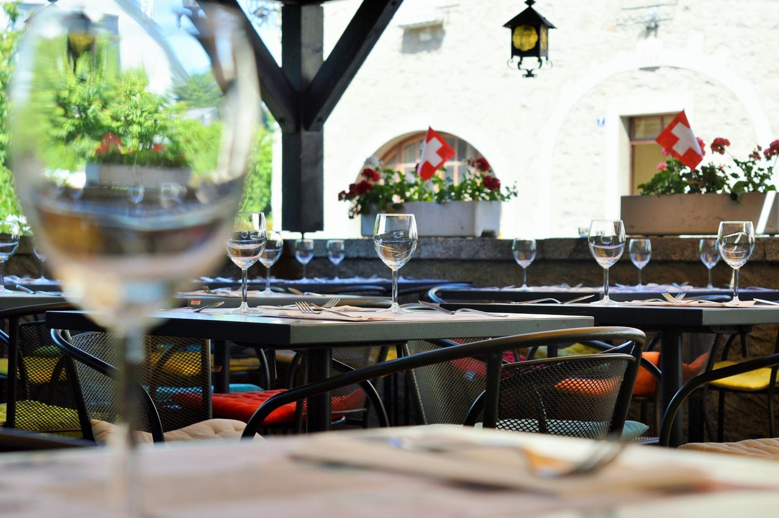 Restaurant ete bar rolle
